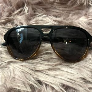 Beautiful Dior shades in great  condition